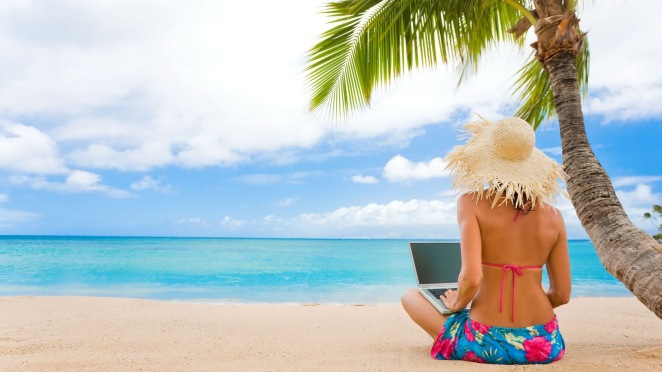 beach-girl-laptopfeb